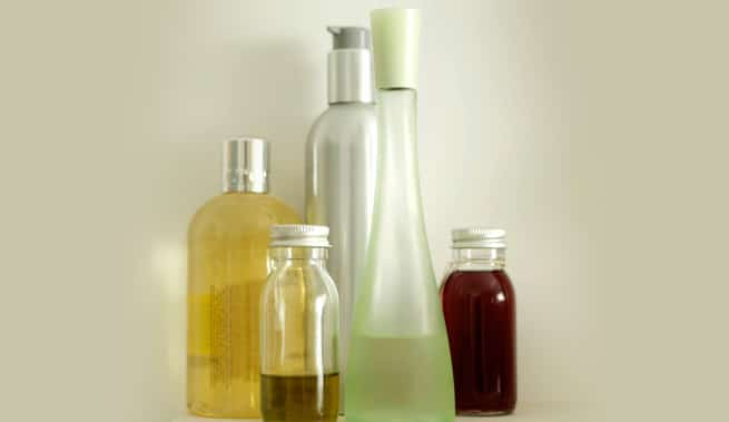 Essential oils to stop hair loss and promote health hair growth.